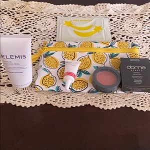 Beauty Cosmetics Bag 1: see description for detail